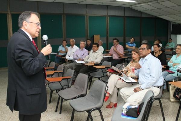 AUIP reconoce gestión de la USC en el  fortalecimiento de su oferta posgradual
