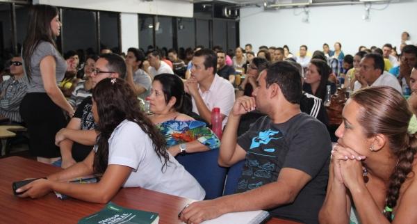 La Facultad de Derecho abre espacios para el debate de los D.D. H.H.