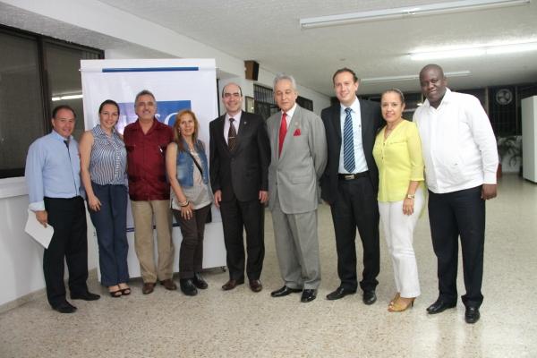 Especialización en Derecho Penal recibe visita de Par Académica del MEN