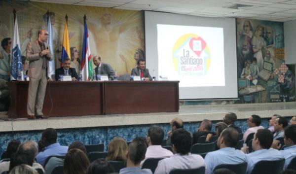 """""""La Santiago no es un raspa y gana"""": Rector de la USC"""