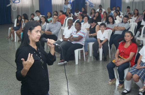 """VIII Concurso de cuentos Infantiles y Juveniles """"Piedra a Piedra Escribo mis sueños"""""""