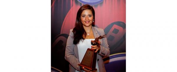 Santiaguina gana premio de periodismo CPB
